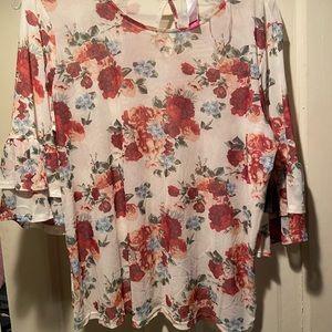 No Boundaries Tops - NWT Flowered Shirt